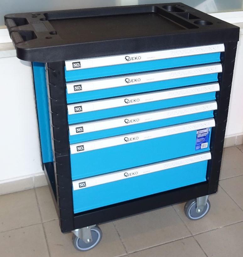Vybavený montážní vozík s nářadím, 6 zásuvek, 168 kusů - GEKO PREMIUM