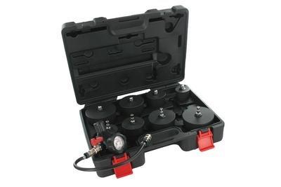 Přístroj pro zkoušení těsnosti systémů přeplňování (turbo) a sání motorů HU12012