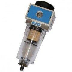 Odlučovač vody s filtrační vložkou