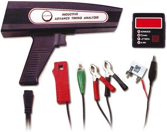 Stroboskopická lampa s digitálním motortesterem pro benzínové i naftové motory