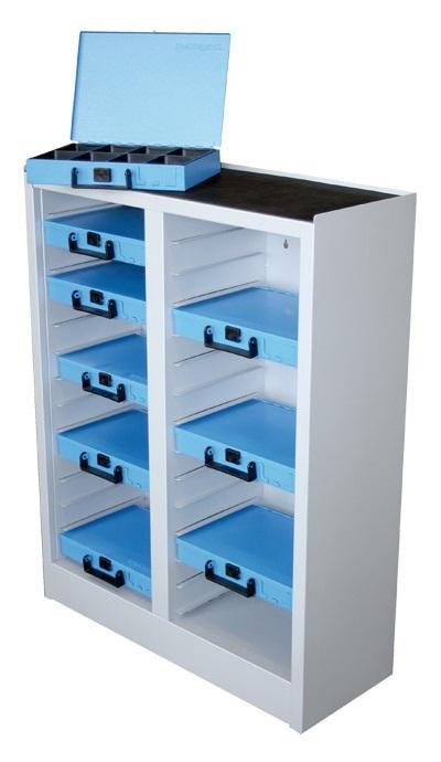 Nástěnná skříň na kufry se spotřebním materiálem Dresselhaus, 28 míst, plech